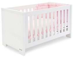 BabyStyle Aspen Cot Bed
